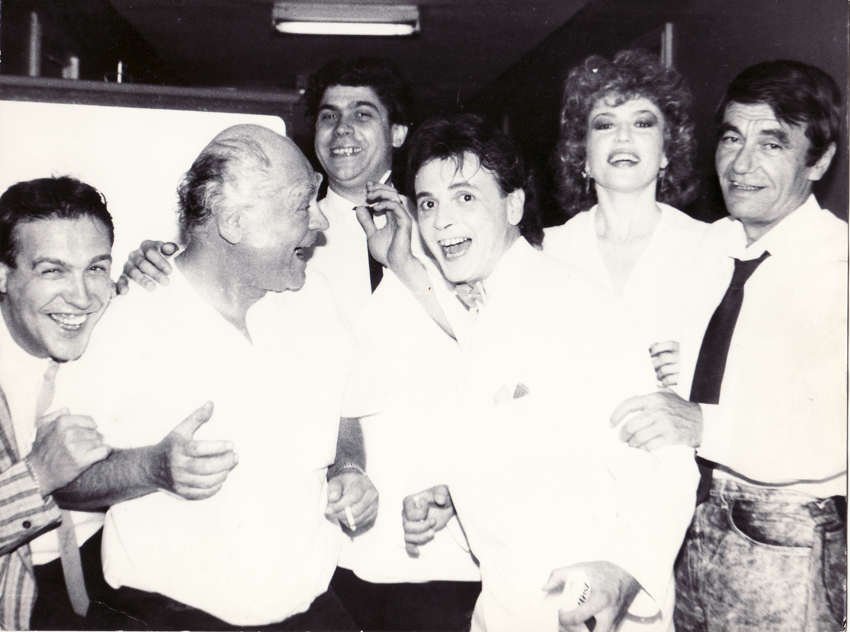 Mamaia'88 - Gabriel Cotabiţă, George Grigoriu, Ionel Tudor, Adrian Daminescu, Corina Chiriac, Dan Spataru (arhivă Corina Chiriac)