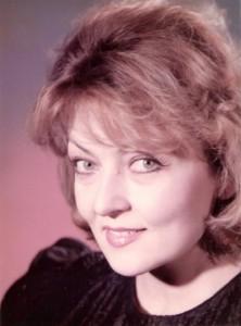 Viorela Filip - interpretă, textieră şi profesoară de canto