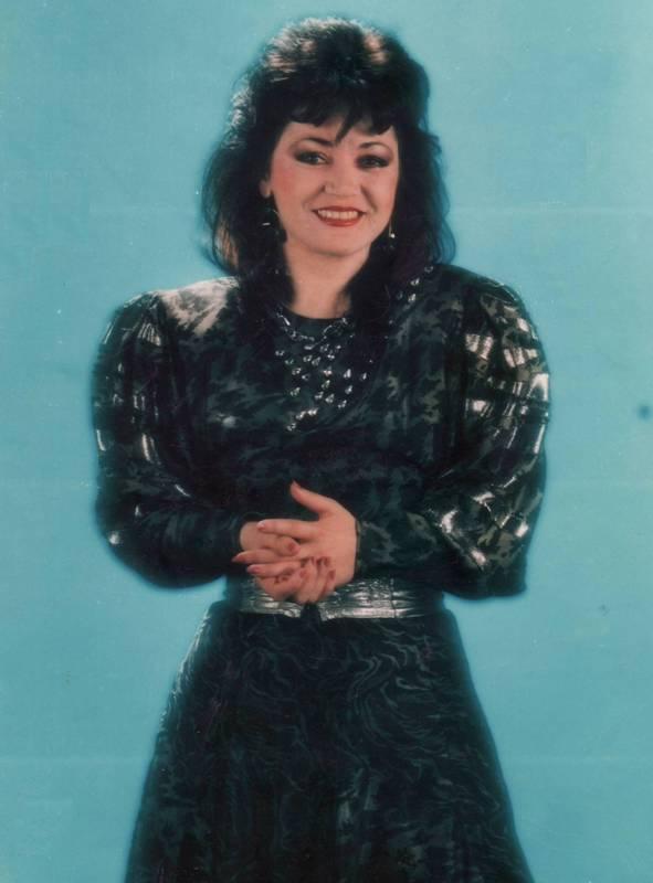 1989 a fost un an plin de succes pentru Mihaela Runceanu. Din păcate, artista a fost asasinată pe 1 noiembrie 1989.
